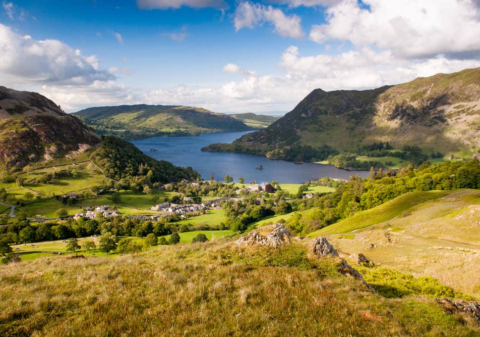 how to get to the lake district